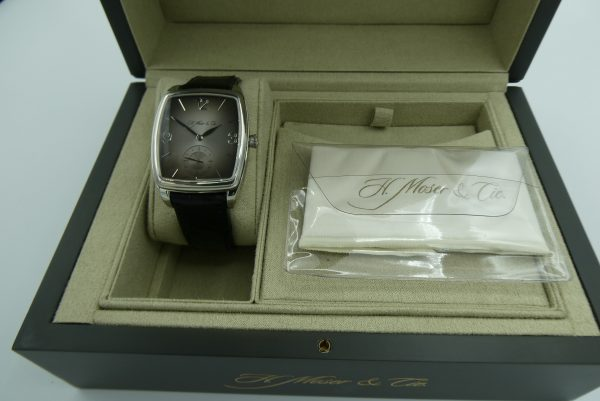 H Moser & Cie Henry Double Hairspring HMC