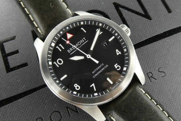 Sell-used-Bremont-solo-watch-online
