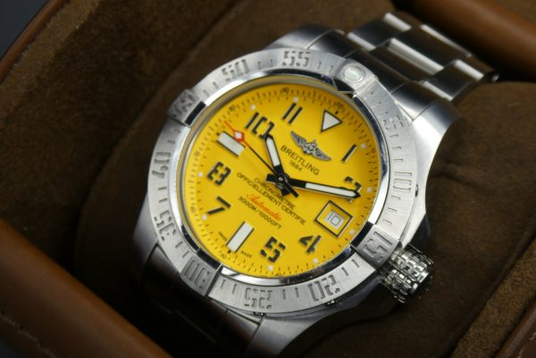 Sell-used-Breitling-Seawolf-A1733110